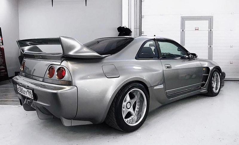 Nissan-Skyline-R33-Veilside-3