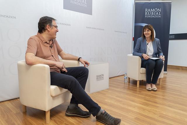 Idoia Mendia y Fernando Fantova