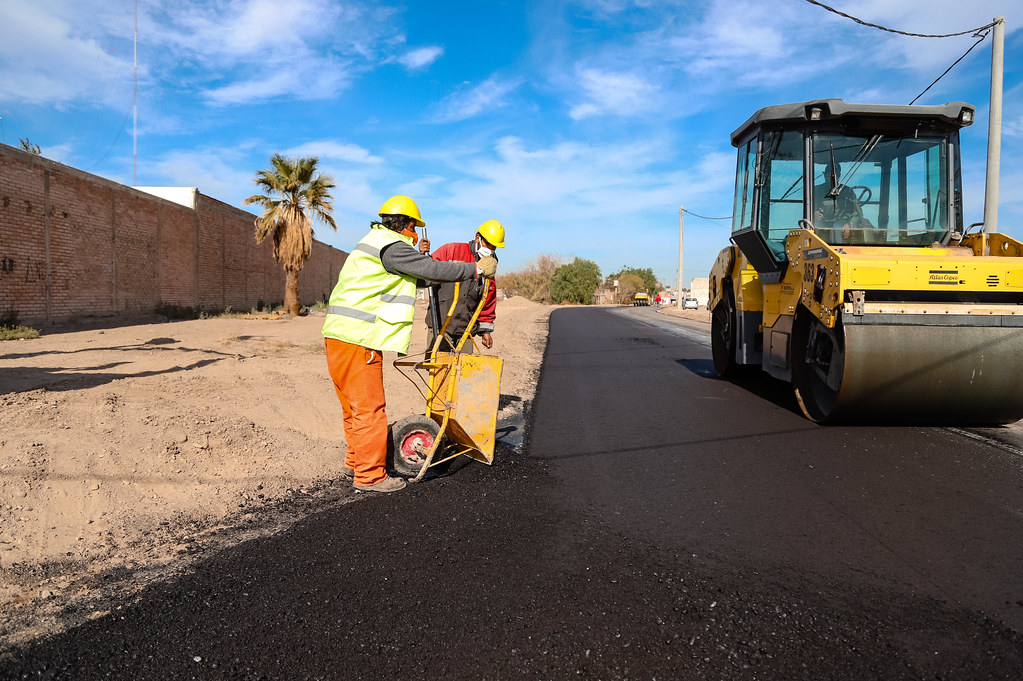 2020-06-10 Recorrida por obra de pavimentación en calle Pueyrredón