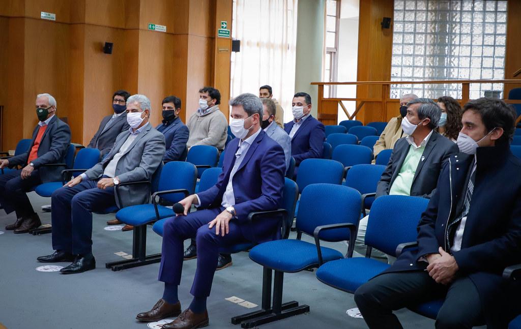 2020-06-10: Uñac y Raveta pusieron en funciones a los jefes regionales de ANSES San Juan