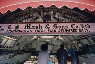 Fishmongers, Shop, Atlantic Rd, Brixton, 1987 TQ3175-004