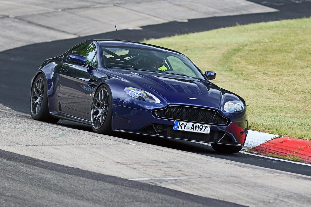 Ali S Aston Martin Vantage Track Car On 19 Ec 7 Wheels Flickr