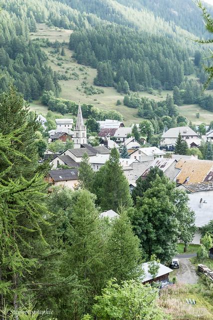 Les toits du village