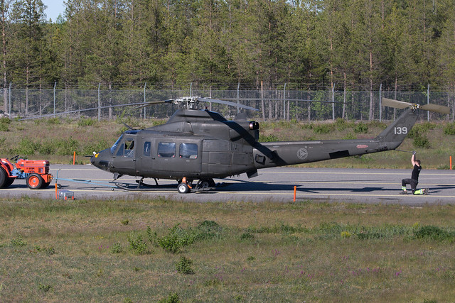 (Luftforsvaret) Norwegian Air Force Bell 412HP Arapaho 139 ARN 200610