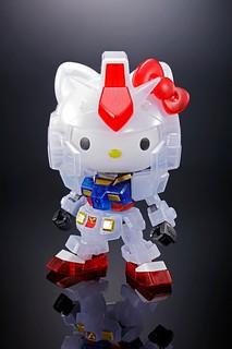 【活動限定】SD EX-STANDARD『鋼彈 vs Hello Kitty計劃』Hello Kitty/RX-78-2 鋼彈[透彩版本] 組裝模型