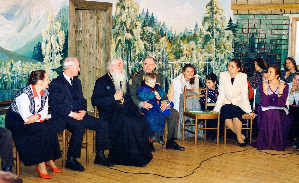 Митрополит Питирим в школе Щетинина