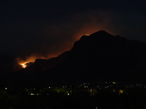 fire wildfire catalinamountains arizona puschridge tucsonarizona bighornfire wildlandfire