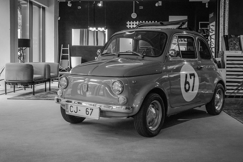 Cool Fiat 500 !!  13:12:20 DSC_5945