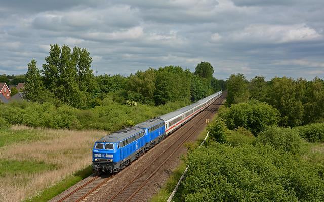 DB PRESS 218 055-2 + 218 054-3 - Heide