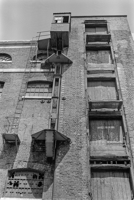 Warehouses, West India Dock, Poplar, Tower Hamlets. 1984 84-5p-46
