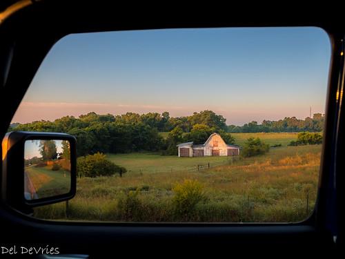 wilsoncounty barn sunrise oldhickory tennessee unitedstatesofamerica