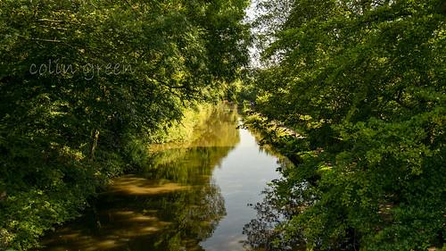 Eastwards along the Rochdale Canal from Longbottom Bridge