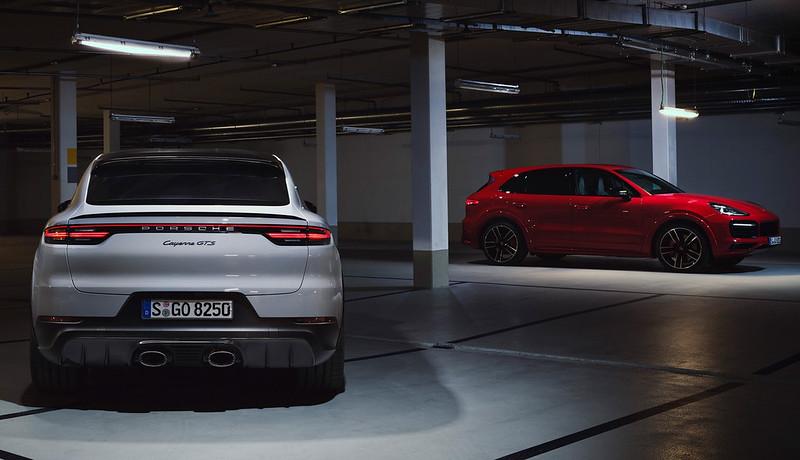 2021-Porsche-Cayenne-GTS-8