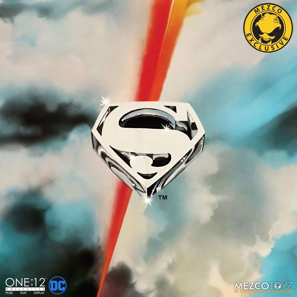讓時光倒流的傳奇經典再來! MEZCO TOYZ ONE:12 COLLECTIVE 系列《超人(1978)》超人(Superman - 1978 Edition)可動人偶公開!