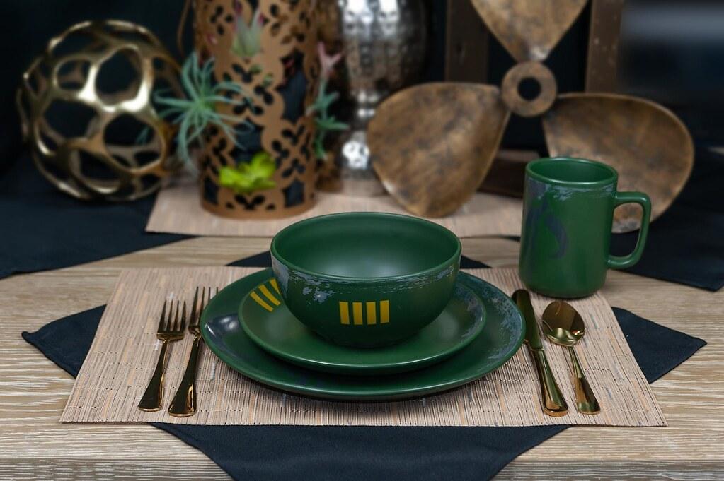 像個賞金獵人一樣硬派用餐!《星際大戰》波巴·費特 曼達洛陶瓷餐盤&陶瓷碗(Boba Fett Mandalorian Stoneware Plates & Bowl Collection)