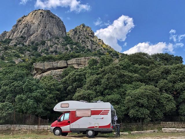 Autocaravana en la Sierra Norte de Madrid (Los diez mandamientos para viajar en autocaravana)