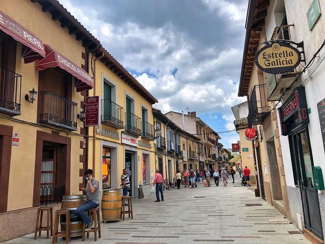 Calle Real en Buitrago del Lozoya (Madrid)