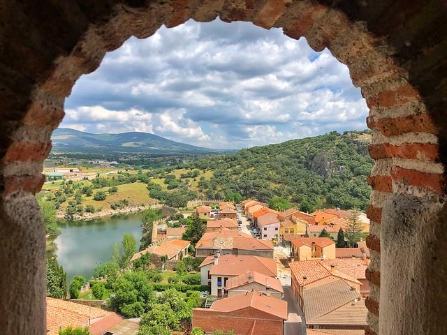 Buitrago del Lozoya desde la torre-campanario de la iglesia de Santa María del Castillo