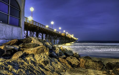 O'Side Pier Sunrise 30-12-12-19-2-70D-17X40mm