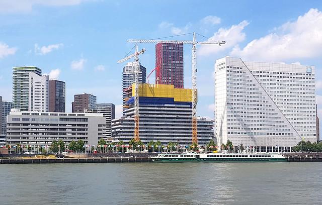Terraced Tower Rotterdam juni2020 Maaszijde