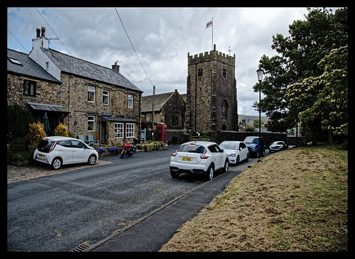 chipping church england forestofbowland lancashire ribblevalley spring stbartholomews summer village