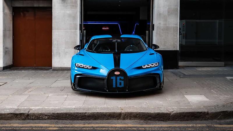 bugatti-chiron-pur-sport-shown-in-london (3)