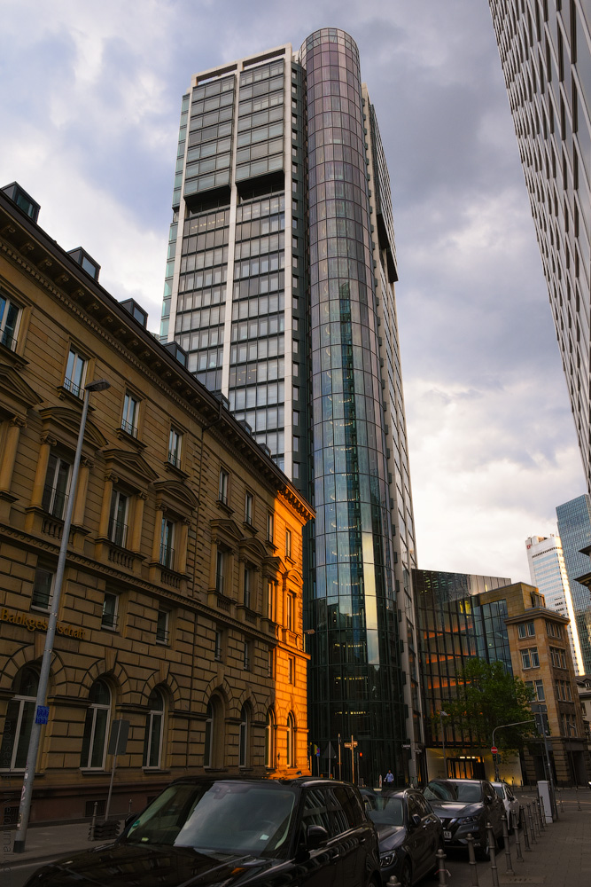 Frankfurt-Hotel-(1)