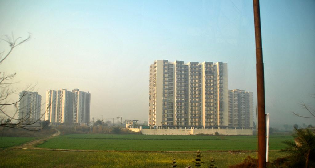 Apartemen, Ghaziabad