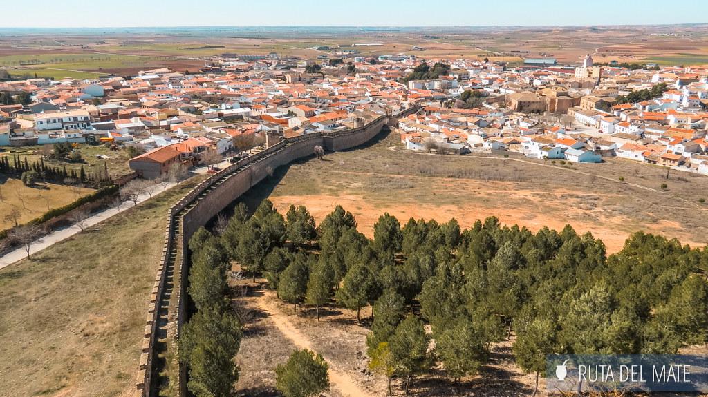 Muralla del castillo de Belmonte