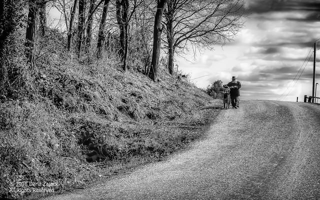 An Amish Gentleman and His Bike