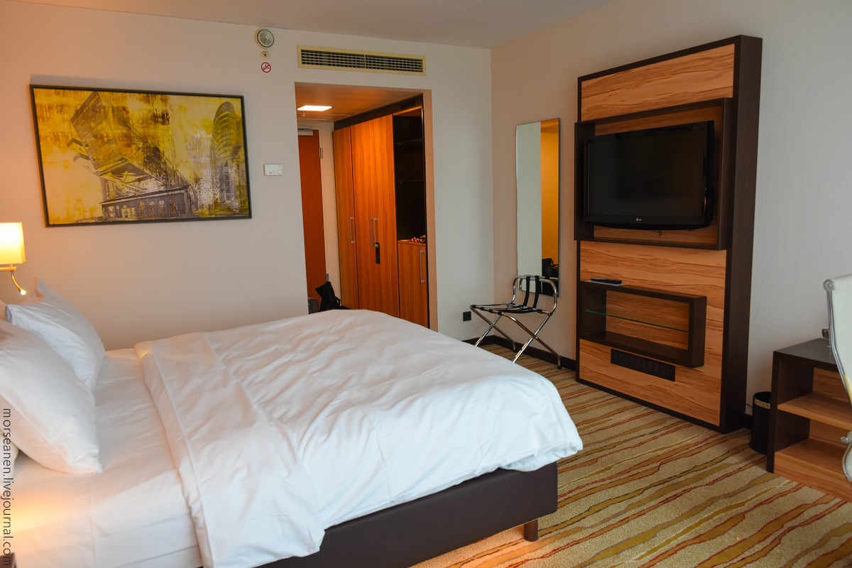 Duesseldorf-Hotel-(9)
