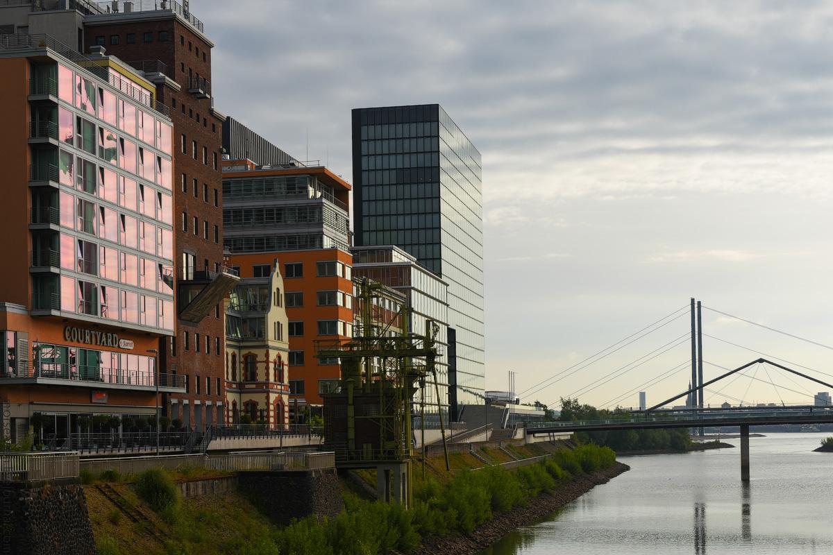 Duesseldorf-Hotel-(7)