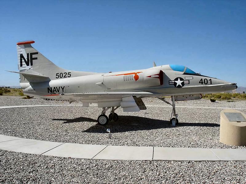 Douglas A-4F Skyhawk 4