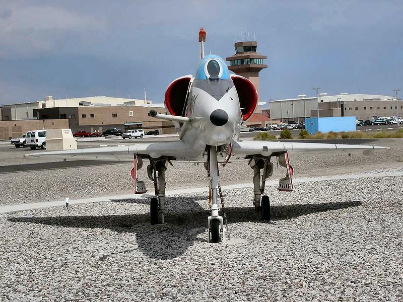 Douglas A-4F Skyhawk 5