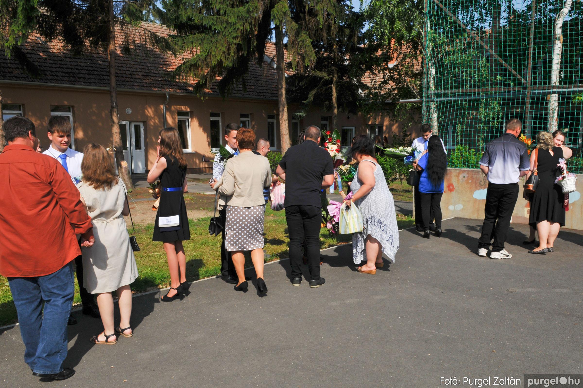 2020.06.13. 042 Forray Máté Általános Iskola ballagás 2020. - Fotó:PURGEL ZOLTÁN© D3K_7413q.jpg