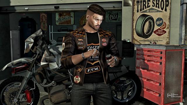 Tyre shop  832