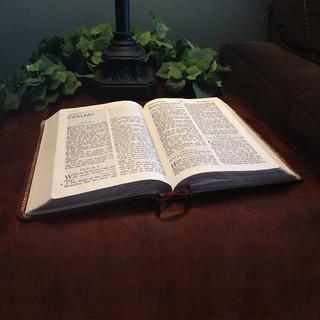 Apocalipsis Biblia: ¡El nombre de Jesucristo cambiará en los últimos días!