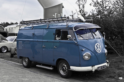 Volkswagen Typ 2 T1b Panel Van 1960 (3690) | by Le Photiste