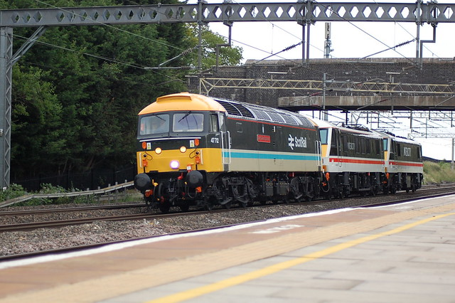 47712 and 0Z37
