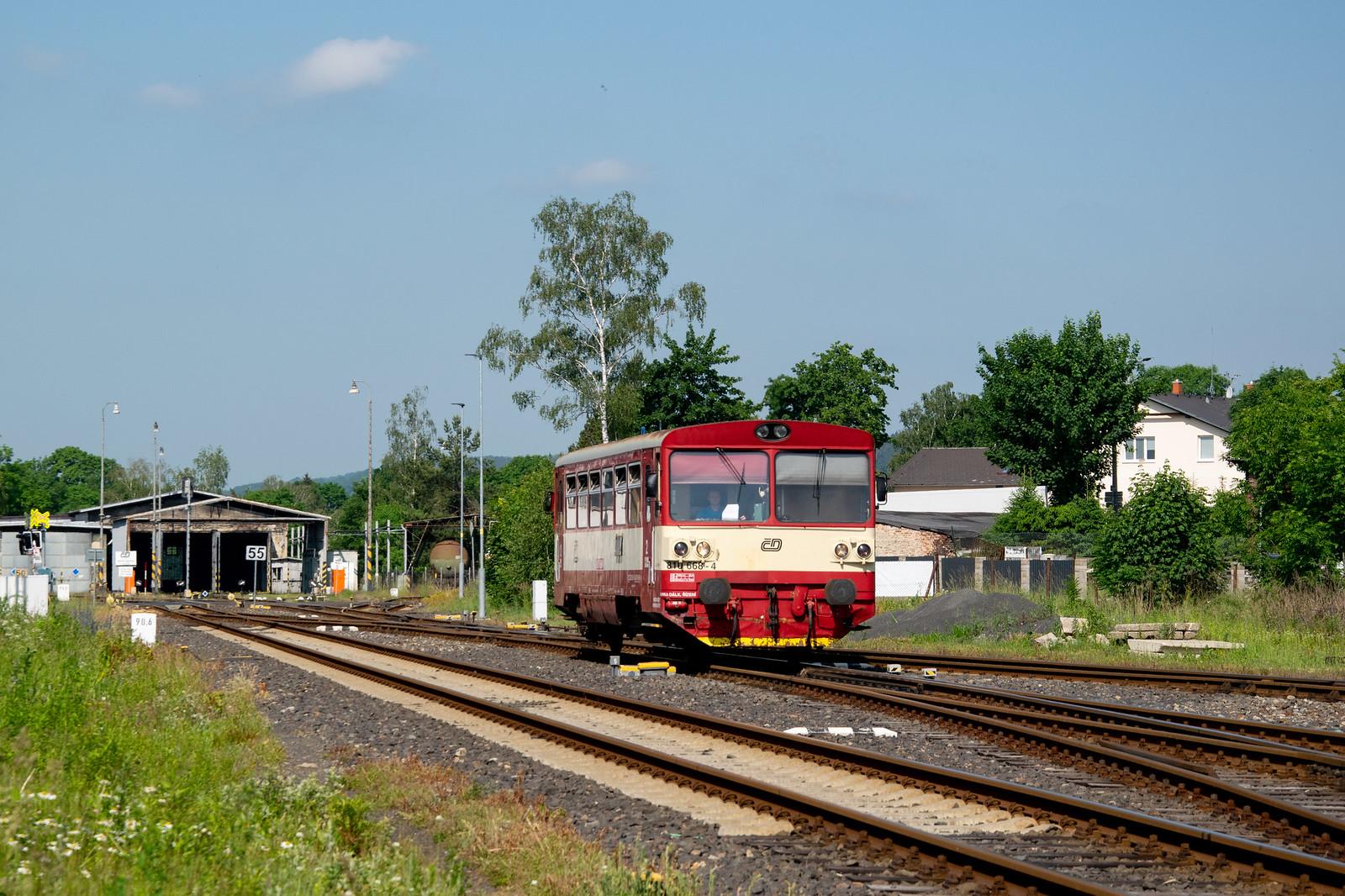 810 668 in Rumburk