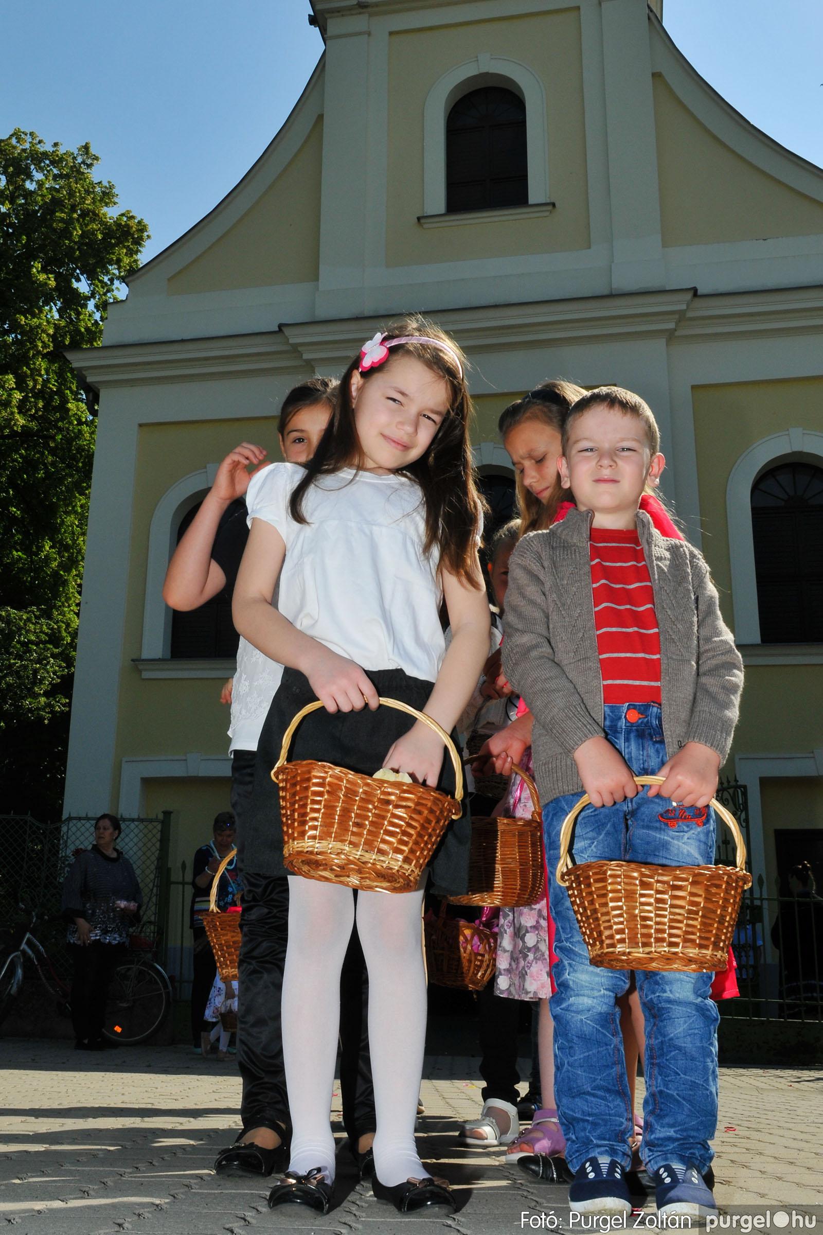 2020.06.14. 001 Úrnapi körmenet a Kisboldogasszony Templomnál - Fotó:PURGEL ZOLTÁN© D3K_7629q.jpg