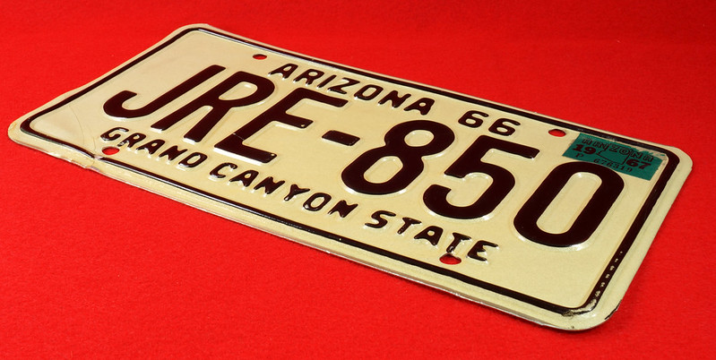 RD30315 Vintage 1966 Arizona License Plate JRE-850 Grand Canyon State DSC07837