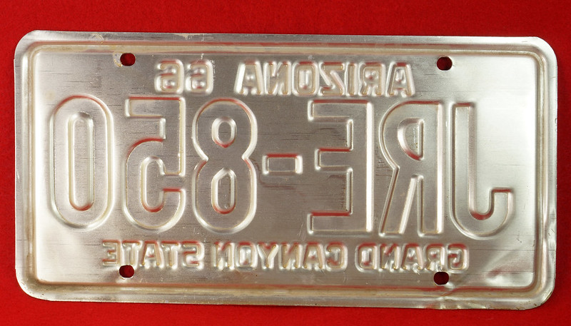 RD30315 Vintage 1966 Arizona License Plate JRE-850 Grand Canyon State DSC07828