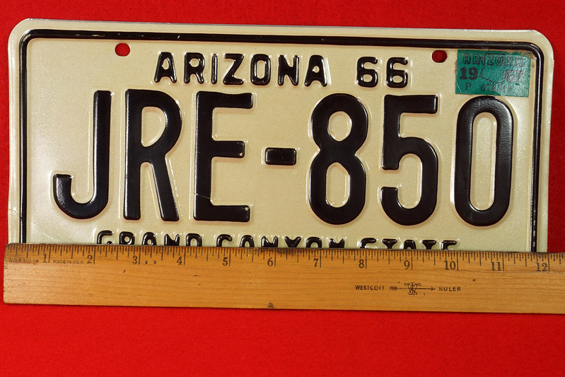 RD30315 Vintage 1966 Arizona License Plate JRE-850 Grand Canyon State DSC07826