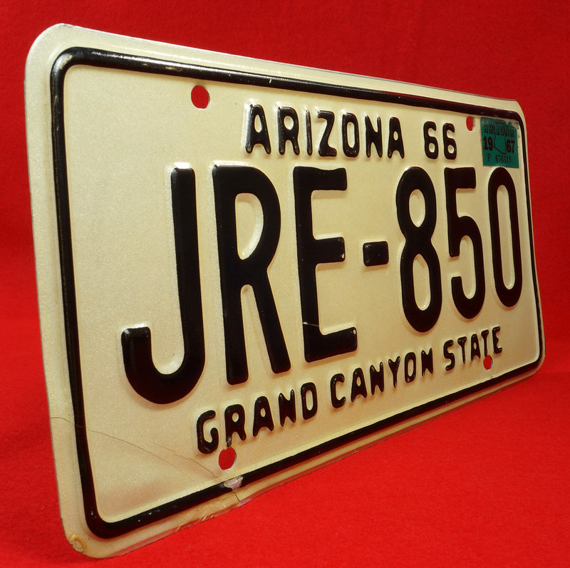 RD30315 Vintage 1966 Arizona License Plate JRE-850 Grand Canyon State DSC07841