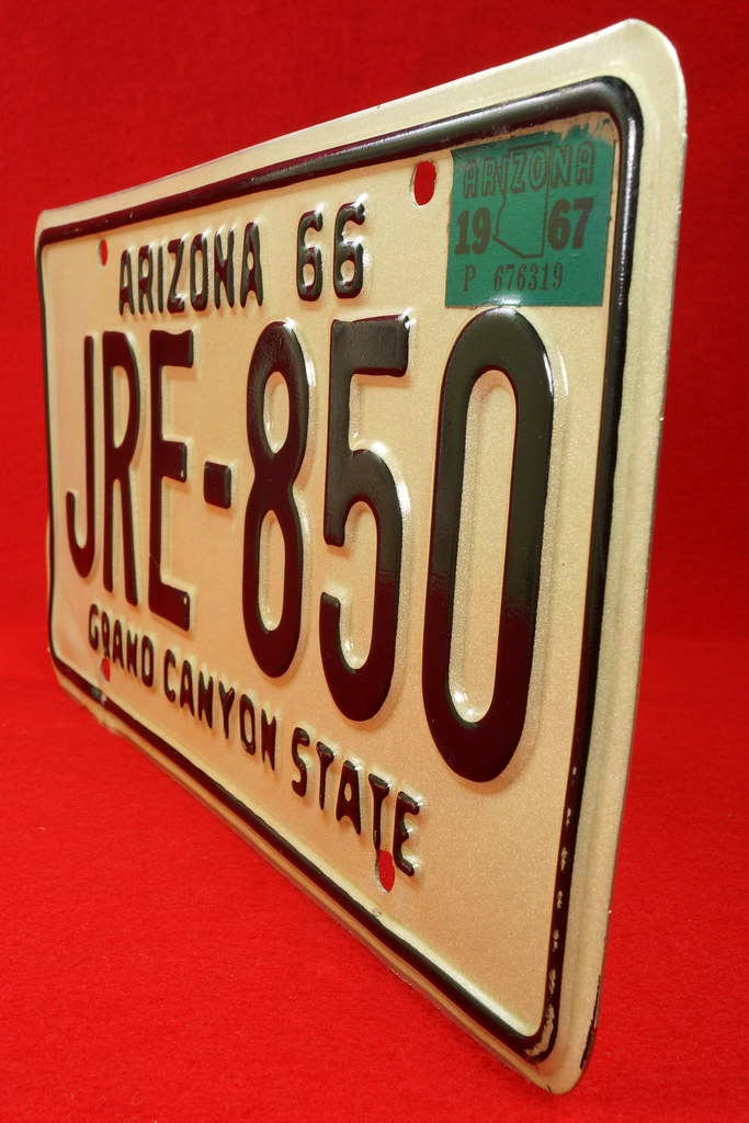 RD30315 Vintage 1966 Arizona License Plate JRE-850 Grand Canyon State DSC07840