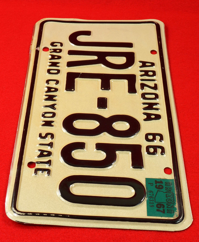 RD30315 Vintage 1966 Arizona License Plate JRE-850 Grand Canyon State DSC07830