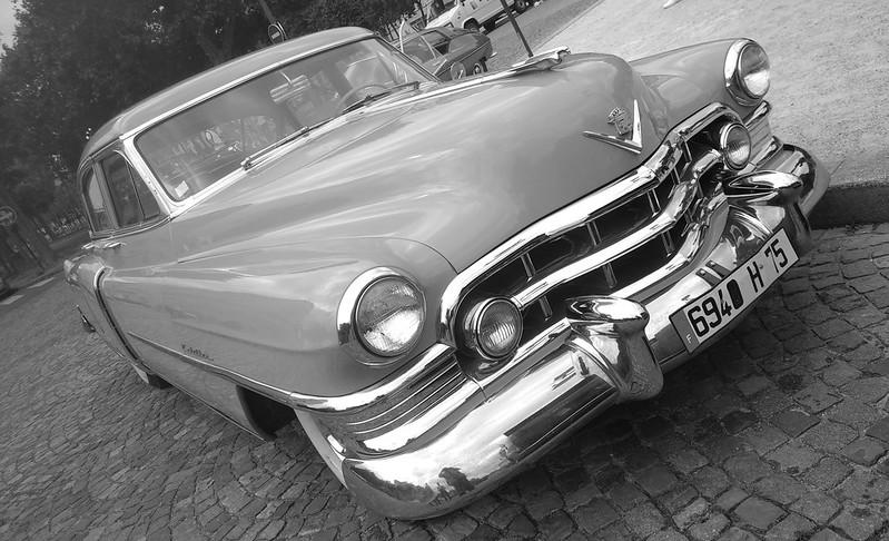 Cadillac Fleetwood 1952  50005999947_361ee1d35d_c