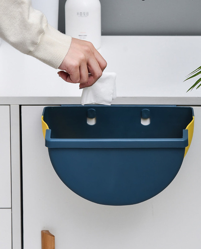 Foldable Hanging Waste Bin - Kitchen and Car | CrazyBee