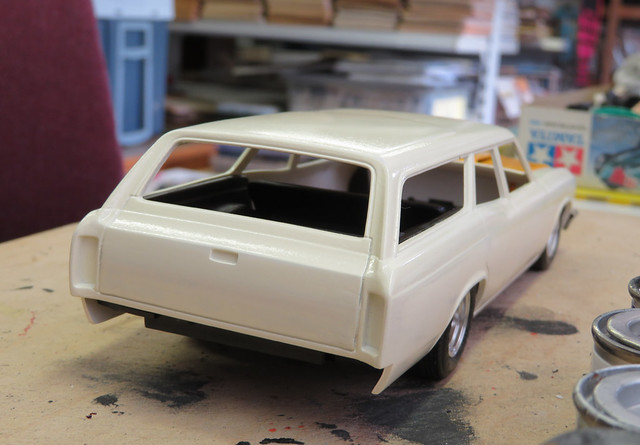 1:25 Revell 1966 Chevelle Wagon kit